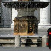 Fuente en San Pedro, Vaticano