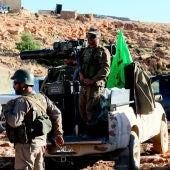 Continúa la llegada de autobuses para trasladar yihadistas del Líbano a Siria
