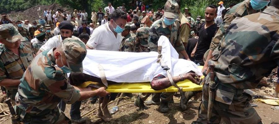 El deslizamiento de tierra en norte de la India deja 45 muertos