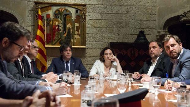 """Carles Puigdemont: """"La democracia derrocará al terrorismo y la barbarie allá donde se produzca"""""""