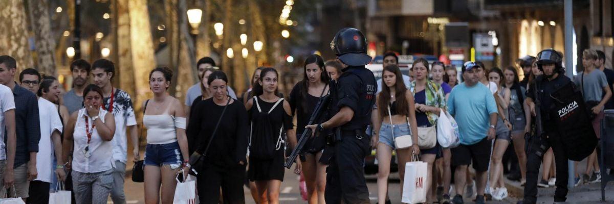 La ciudad de Barcelona se inunda de solidaridad