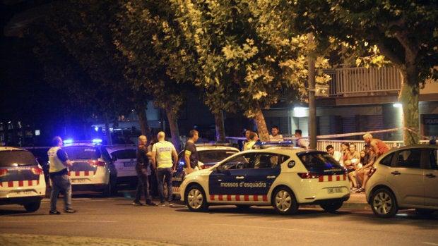 La Policía inspecciona un coche en Cambrils