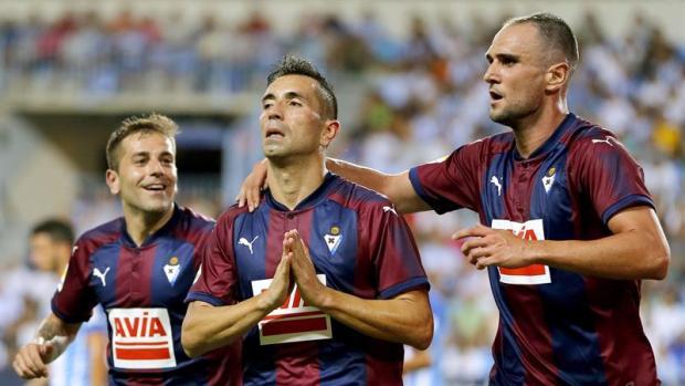 Charles se disculpa tras su gol al Málaga