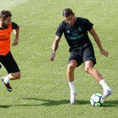 Theo Hernández, en un entrenamiento del Real Madrid.