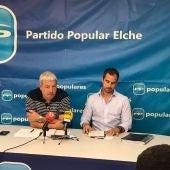 Daniel McEvoy y José Navarro, representantes del comité ejecutivo del PP en Elche.