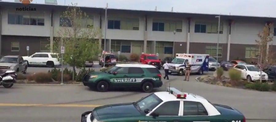 Varios heridos en un tiroteo en una escuela en Washington