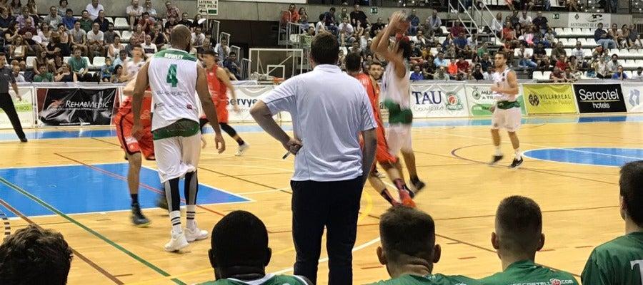 El TAU plantó cara al Valencia Basquet