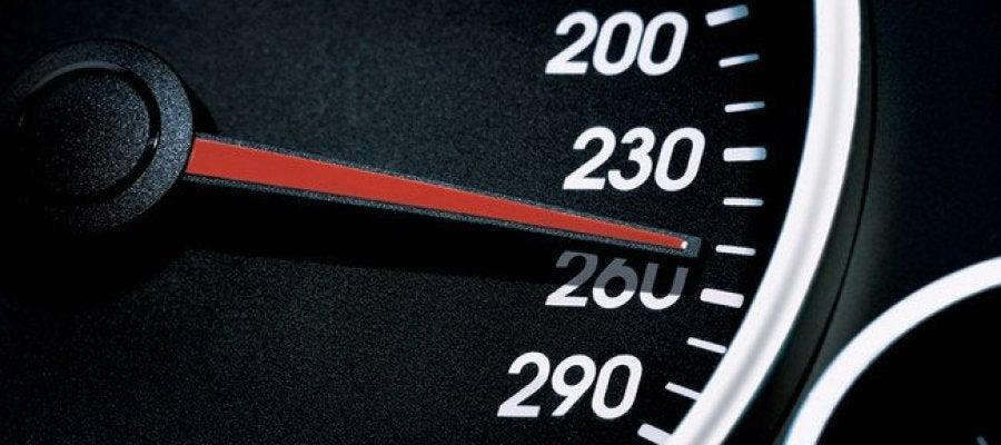 Velocímetro a 260km/h