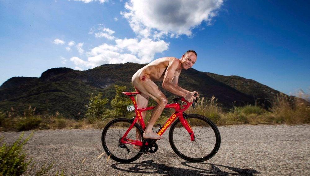 Chris Froome, en su bicicleta