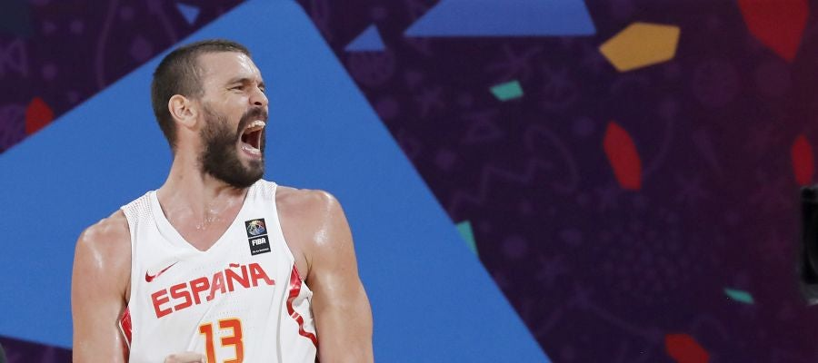 Marc Gasol celebra la victoria de la selección española de baloncesto