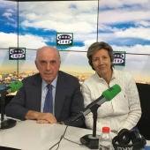 Dr. Sánchez Franco y María Jesús Álava Reyes