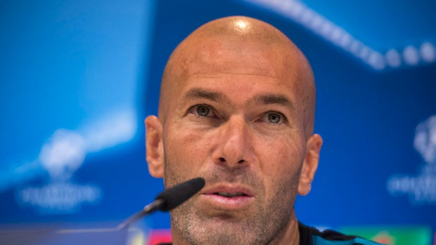 Zidane en una rueda de prensa