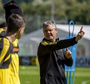 """Así es el día a día de un segundo entrenador en el Borussia Dortmund: """"Estamos en un buen momento, lo dicen los números"""""""
