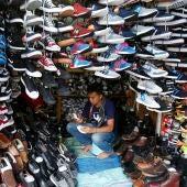 Vendiendo calzado (04-10-2017)