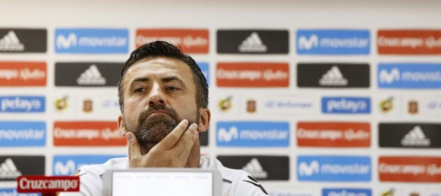 Panucci, durante la rueda de prensa