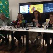 De izquierda a derecha: teniente coronel de la Guardia Civil, Jaume Barceló, la delegada del Gobierno, María Salom, la consellera de Hacienda, Catalina Cladera y la directora de la Agencia Tributaria, María Antonia Truyols