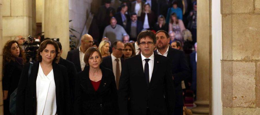 Ada Colau, Carme Forcadell, Carles Puigemont y Oriol Junqueras