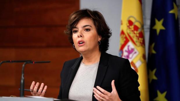 Comparecencia de Soraya Sáenz de Santamaría para responder a Puigdemont sobre la declaración de independencia de Cataluña