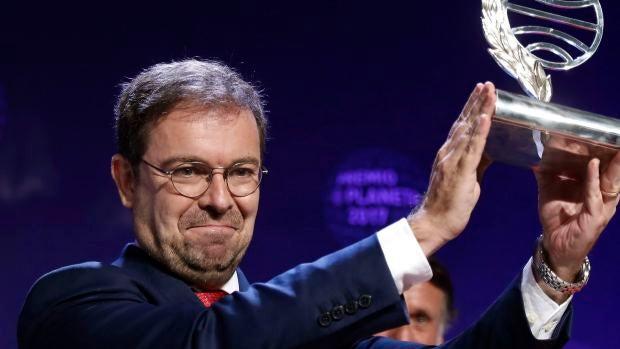 """Javier Sierra: """"La sorpresa de ganar el Premio Planeta ha sido maravillosa"""""""
