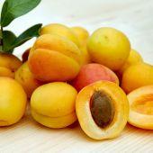 En breve comenzará la recogida de la fruta de hueso