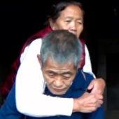 La conmovedora historia de amor de un matrimonio que se necesitan mutuamente para vivir