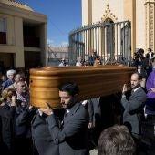 Emotivo funeral de Chiquito de la Calzada