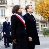 Emmanuel Macron y la alcaldesa de París, Anne Hidalgo