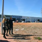 La alcaldesa, Merche Galí, ha visitado algunos de los solares disponibles.