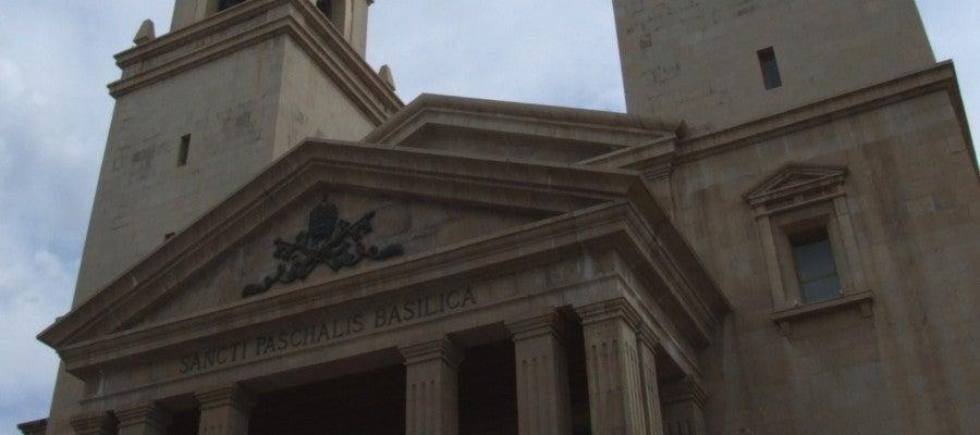 Imatge de la façana de la basílica de Sant Pasqual.