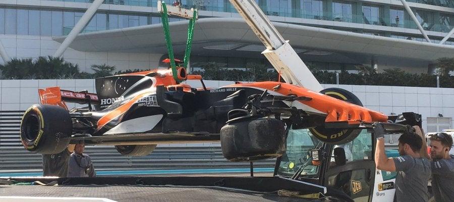 El coche de Alonso tras el accidente en Abu Dabi