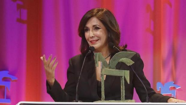 Isabel Gemio recibe el Premio Ondas