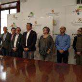 El ex vicepresidente Biel Barceló junto a su equipo