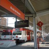 Trenes en la estación de Cercanías de Alcalá de Henares