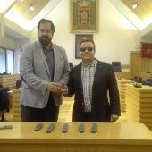David Serrano y Lorenzo Villahermosa con los mandos a distancia
