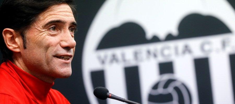 Marcelino García Toral, en una rueda de prensa con el Valencia