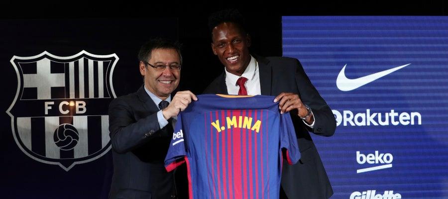 Yerry Mina, en su presentación con el Barcelona