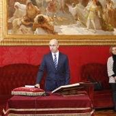 El nuevo director de la Oficina Anticorrupción, Jaume Far, toma posesión de su cargo en el Parlamento