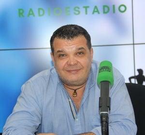 Paco Reyes, en los estudios centrales de Onda Cero.