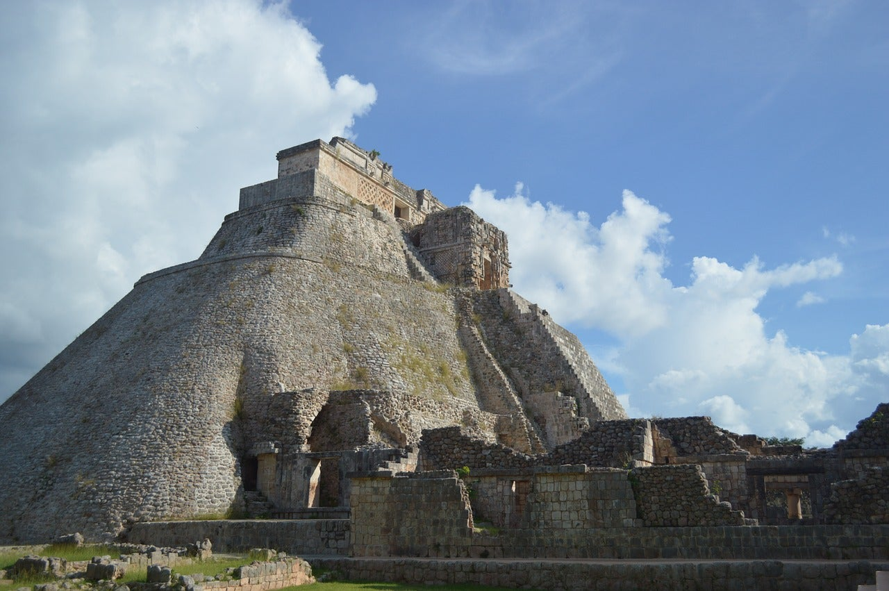 Tertulia Zona Cero: Los últimos enigmas de los mayas