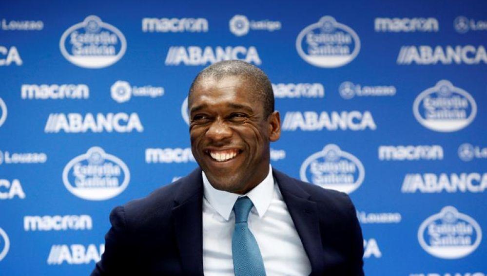 Clarence Seedorf, presentado como nuevo entrenador del Deportivo de la Coruña