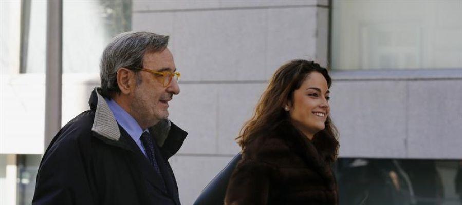 l expresidente de Catalunya Caixa Narcís Serra a su salida de la Audiencia Nacional