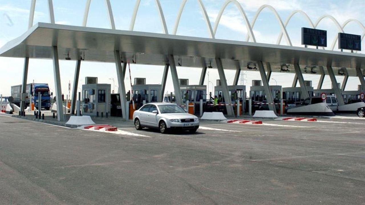 """El Gobierno propone un pago """"simbólico"""" en las autovías gratuitas para reducir el peaje de las privadas"""