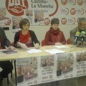 Los sindicatos durante la presentación de la huelga del 8 de marzo