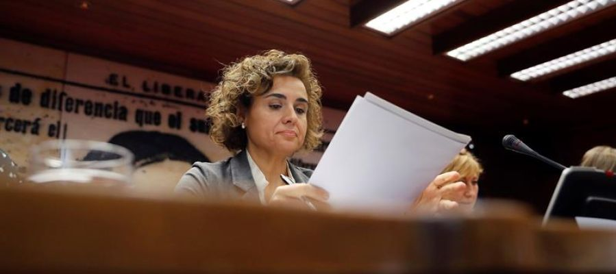 La ministra de Sanidad, Dolors Montserrat