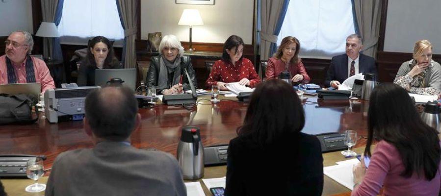 Vista general de la reunión de la Subcomisión de Pacto Educativo, celebrada en el Congreso de los Diputados