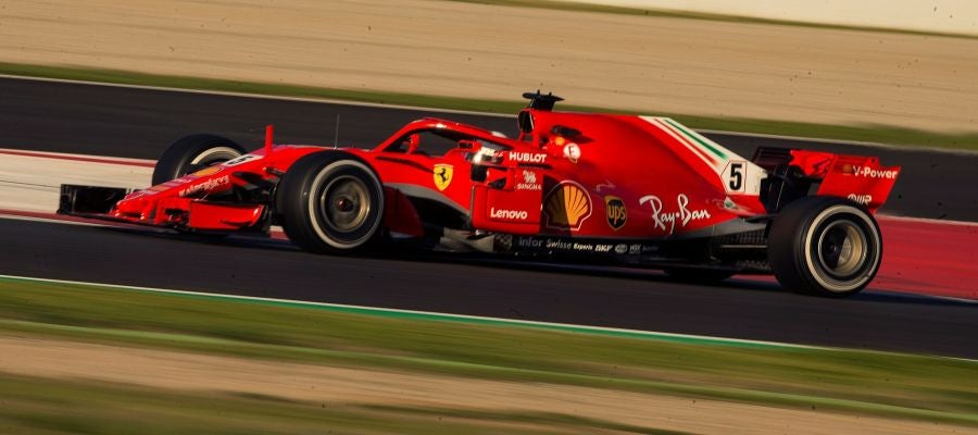 Vettel rueda en Montmeló