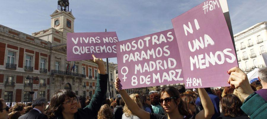 """Las mujeres, citadas mañana a """"parar el mundo"""" en la primera huelga feminista"""