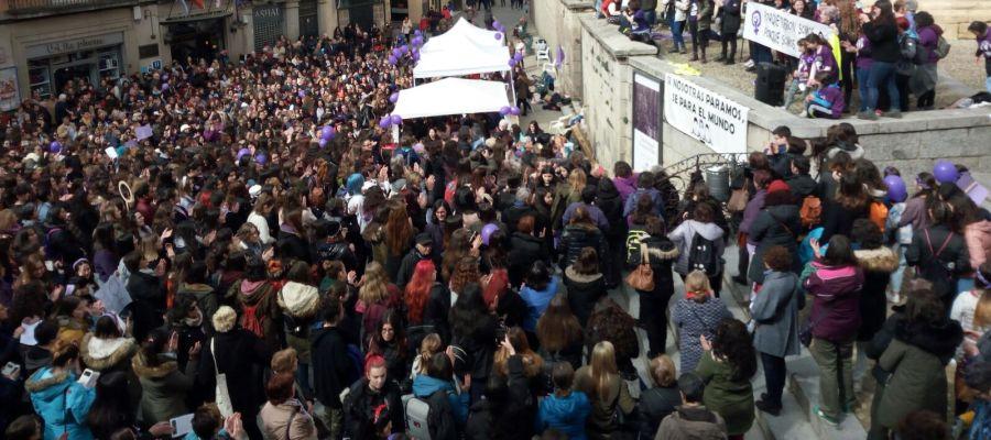 Día de la Mujer en la Plaza de San Martín de Segovia