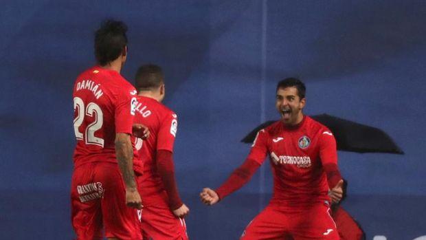 Real Sociedad 1-2 Getafe   Un golazo de Ángel complica la vida a la Real Sociedad