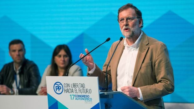 """Personas físicas: El discurso """"predicador"""" de Rajoy sobre las pensiones"""